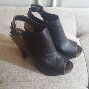 ANA heels